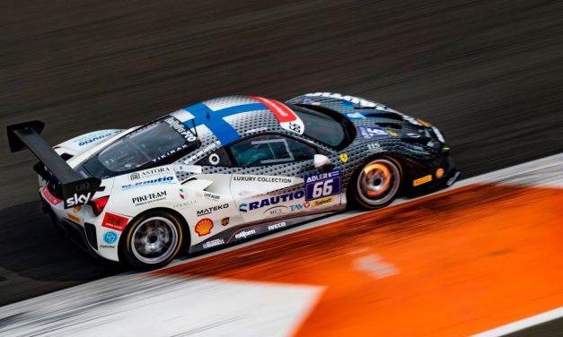 Luka Nurmi nousi hopeasijalle Ferrari Challenge EM-sarjassa